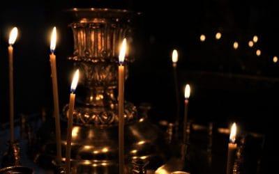 Bli med i bønn for kirken og pandemien